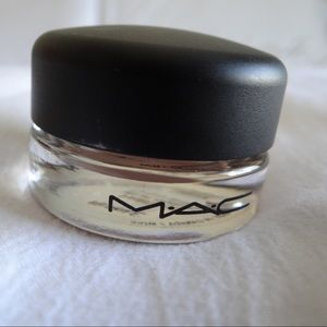 MAC Cosmetics Paint Pot